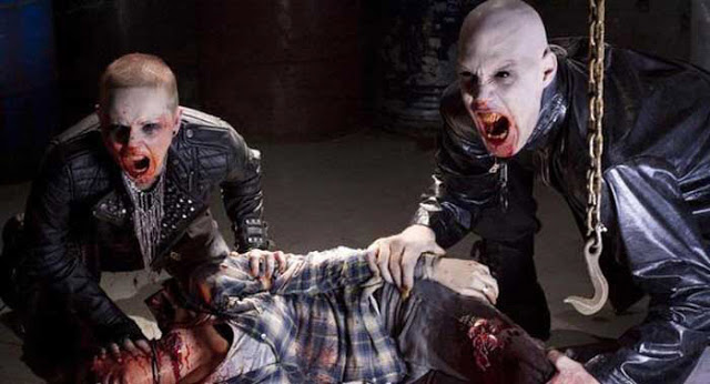 30-days-of-night-screaming-vampires