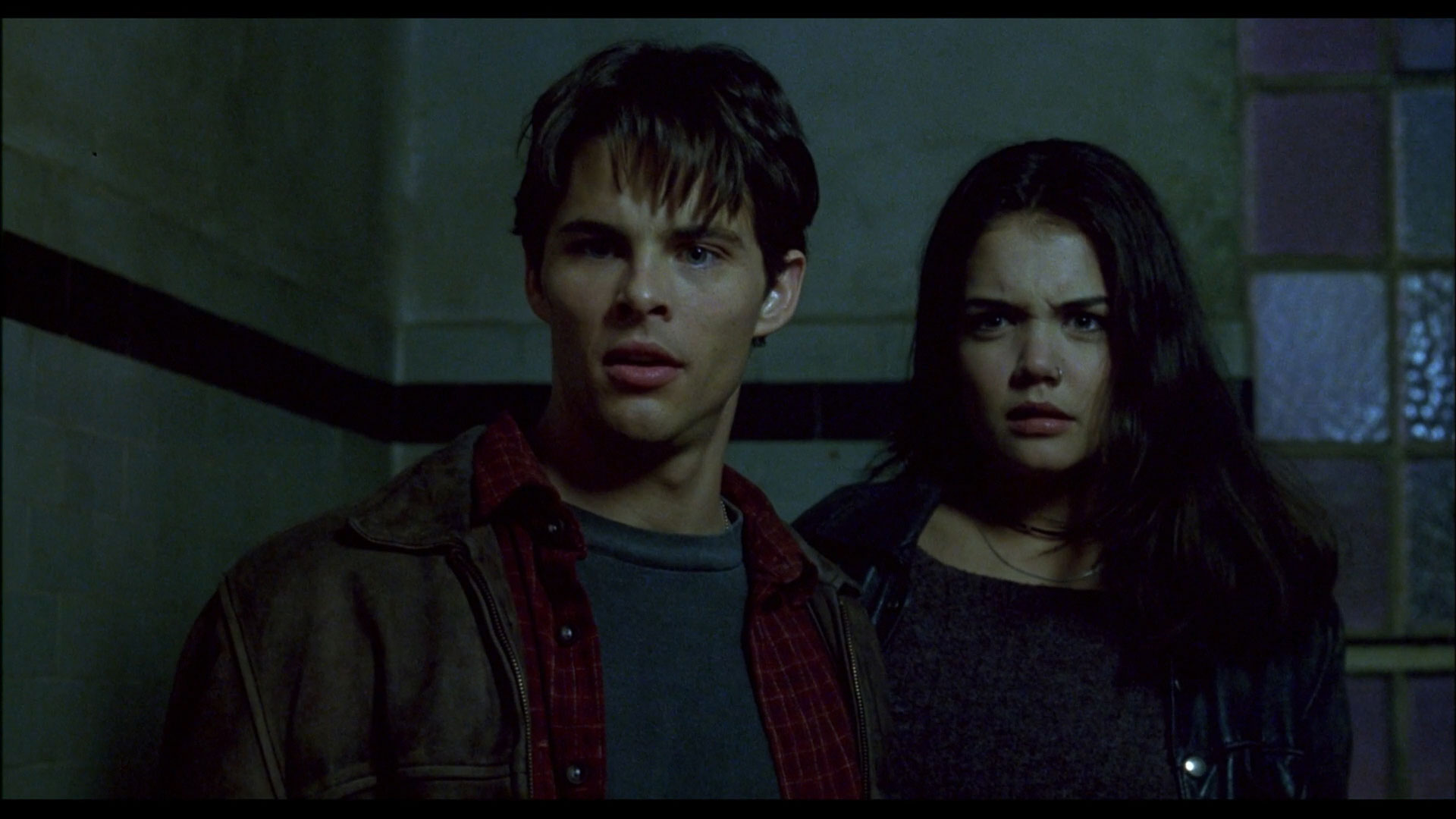 Disturbing Behavior - James Marsden and Katie Holmes