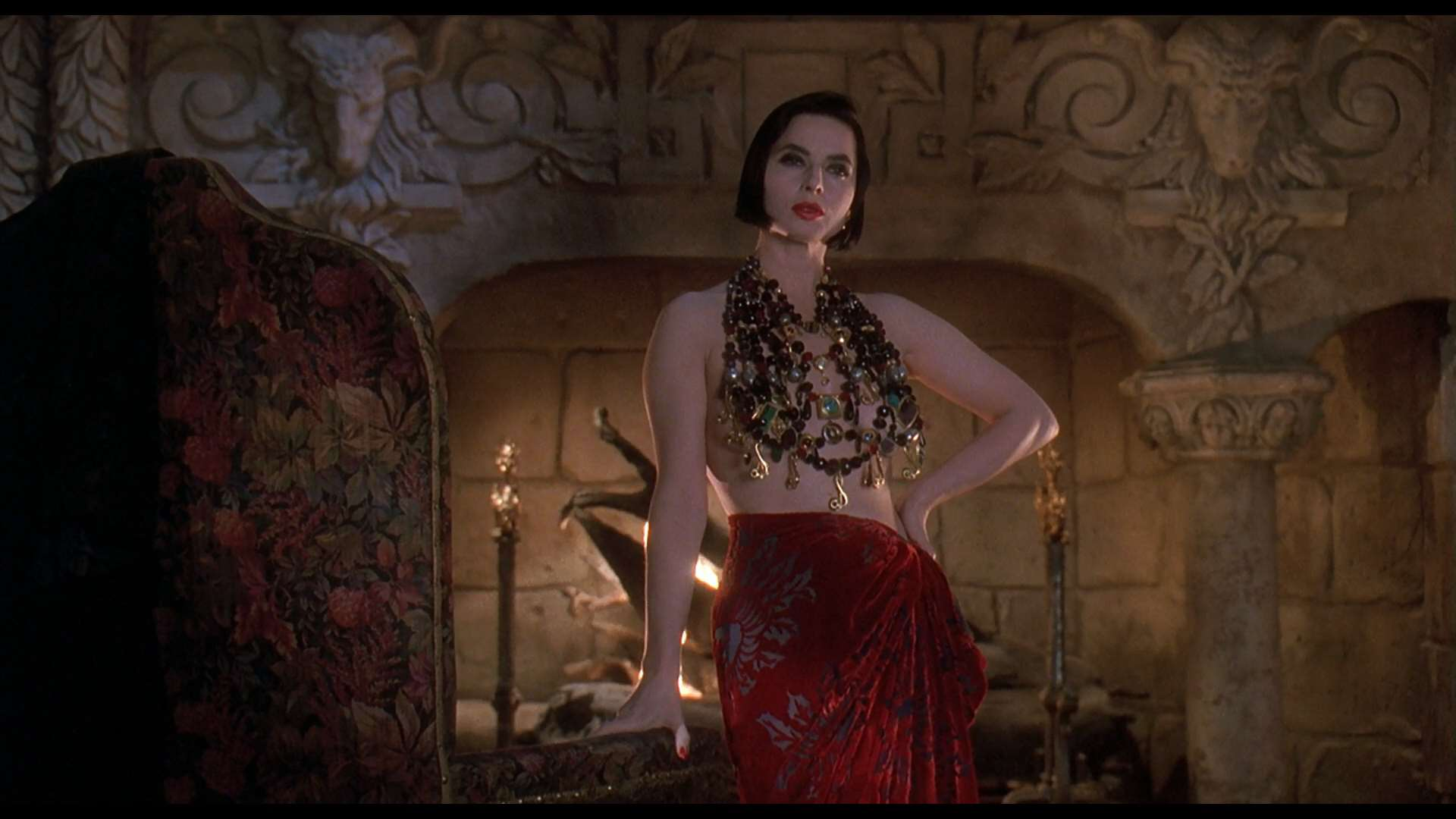 Death_Becomes_Her_Still_12